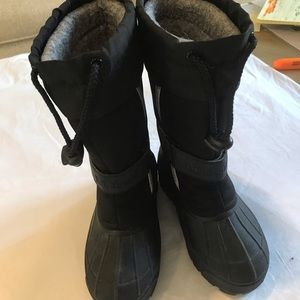 LL BEAN kids Northwoods boots size 10 in black